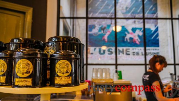 L'Usine cafe, boutique, Saigon