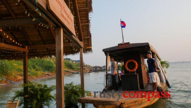 Mekong Floating Bungalows, Phnom Penh