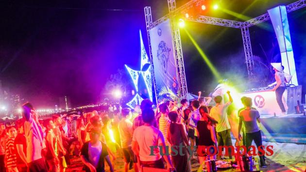 Beach party at Sailing Club, Nha Trang