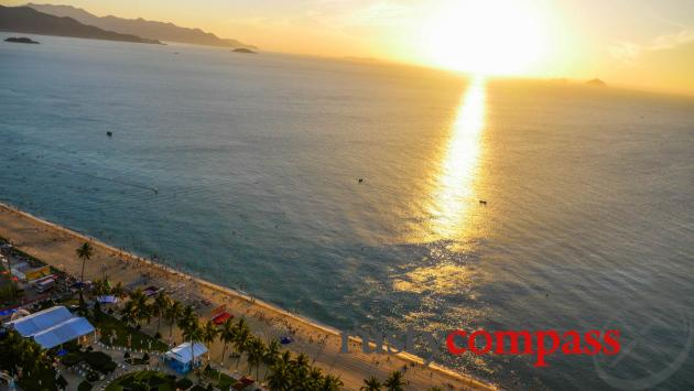 Daybreak over the bay - Nha Trang