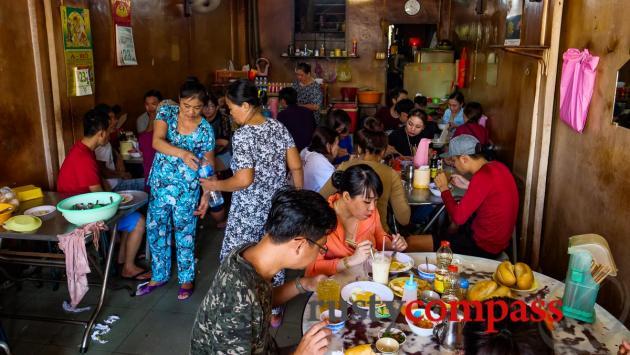 Nhut Ky eatery, Vung Tau
