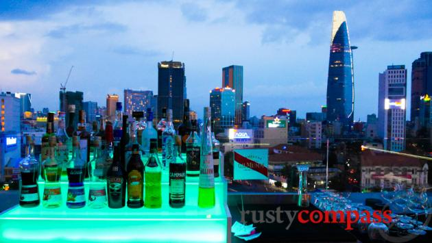OMG Bar Saigon - a rooftop closer to earth