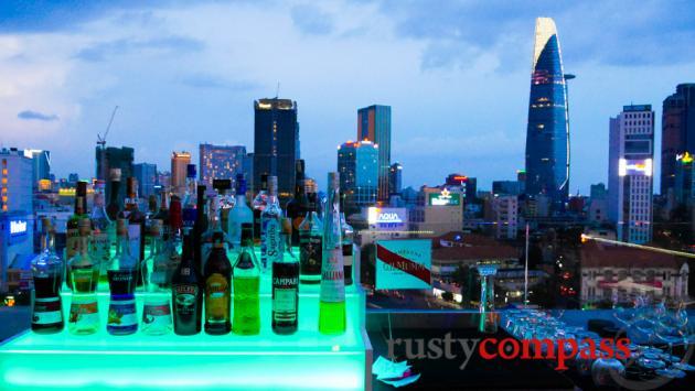 OMG Bar Saigon - a rooftop closer to earth