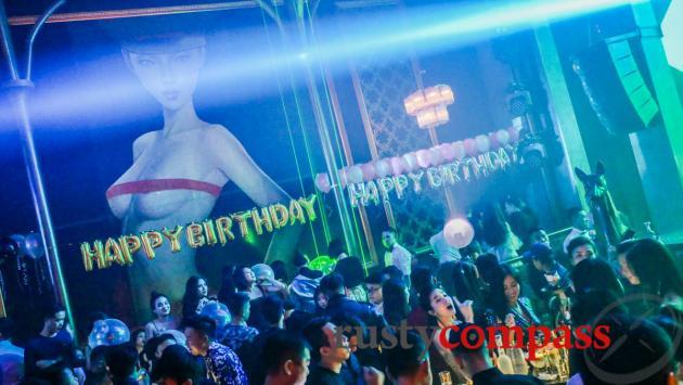 Opera Club, Hanoi