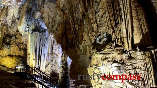 Paradise Cave, Phong Nha, Ke Bang