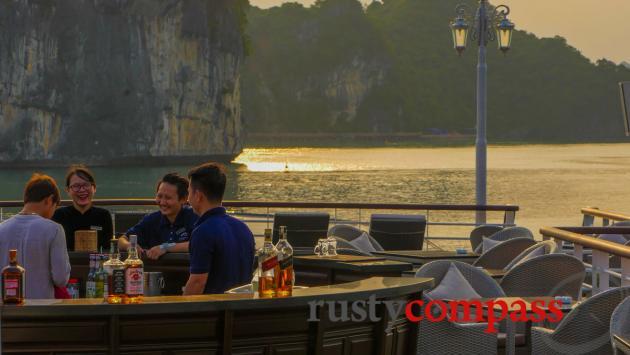 Paradise Elegance Cruise, Halong Bay