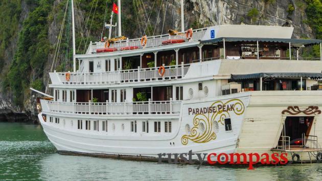 Pardise Peak - Paradise Cruises, Halong Bay