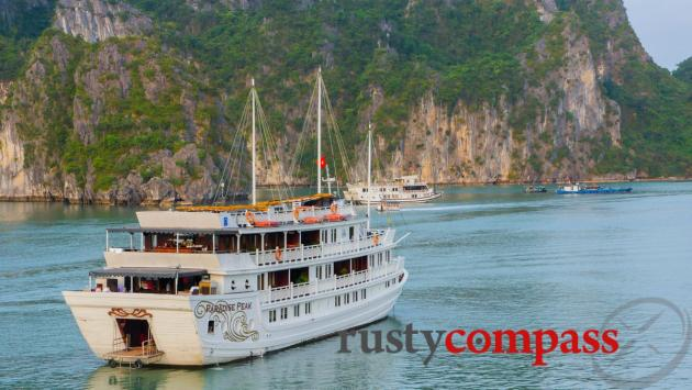 Pardise Peak - Paradise Cruises, Halong Bay