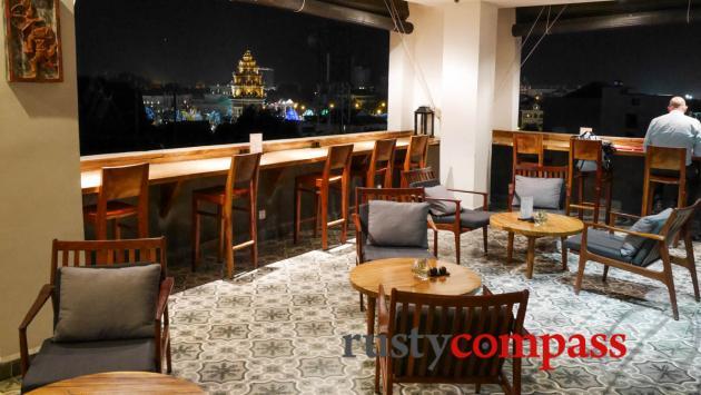 Patio Hotel and Urban Resort, Phnom Penh