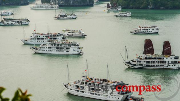 Peak hour in Halong Bay