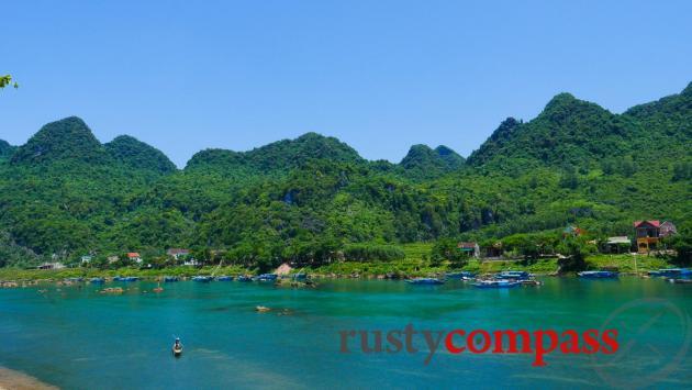 Phong Nha town views
