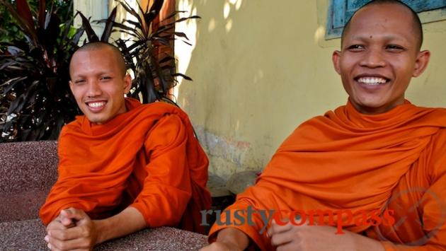 Monks, Phnom Penh