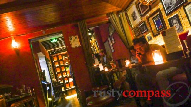 Polite Pub, Hanoi