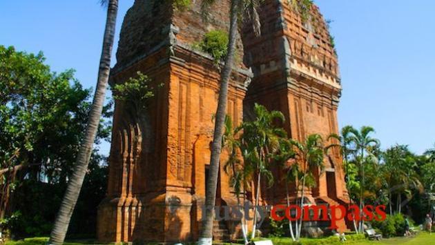 Thap Doi Cham ruins, Quy Nhon