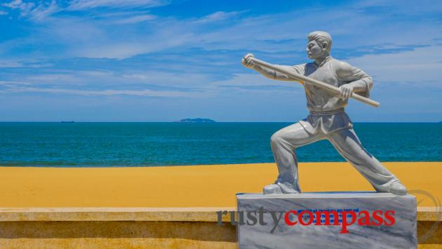 Martial arts on the beach - Quy Nhon