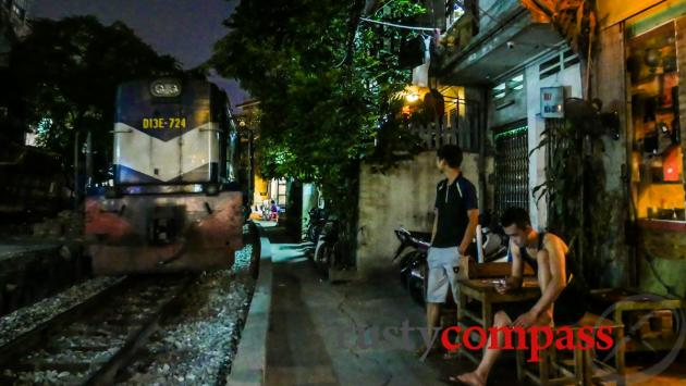 Train passes, Ray Quan, Hanoi