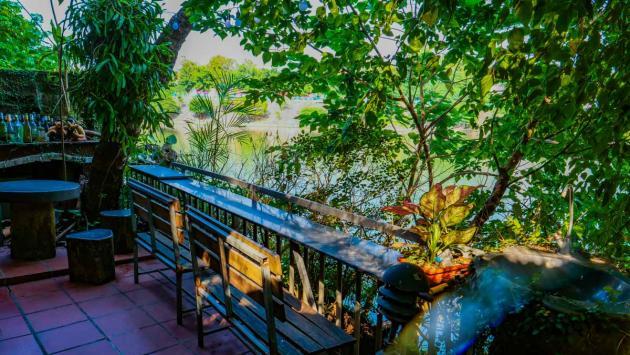 Red River Tea Room, Hanoi