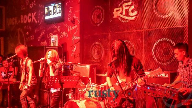 Rock Fan Club, Saigon