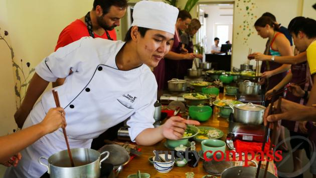 Chef Mr Khang in action, Saigon Cooking Class