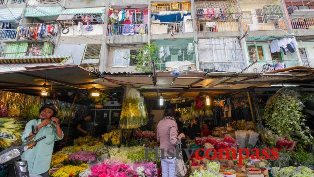 Flower market Saigon