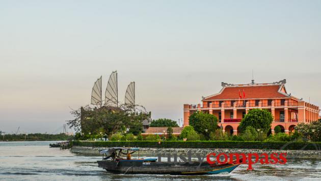 Nha Rong - Ho Chi Minh Museum