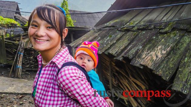 Hmong mother and daughter, Sapa