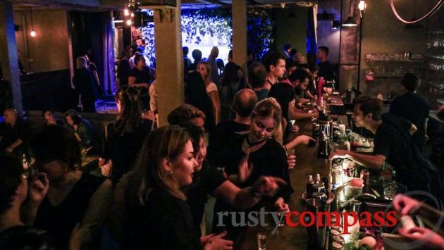 Savage nightclub, Hanoi