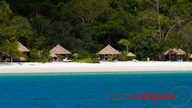 Saracen Beach, Koh Rong Samloen