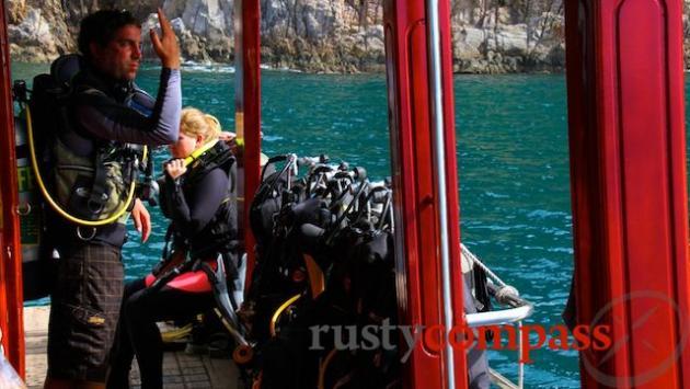 Dive boat, Nha Trang