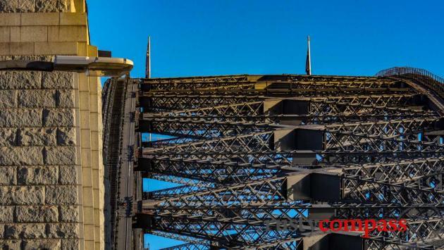 Sydney Harbour Bridge - up close