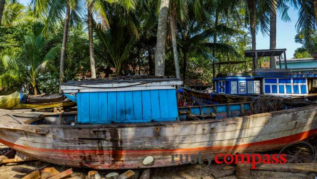 The boat repair yard, Tam Hai Island