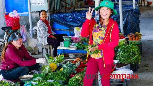 The market, Tam Hai Island