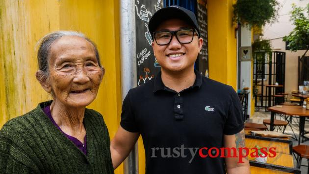Trung and grandma - The Espresso Station, Hoi An