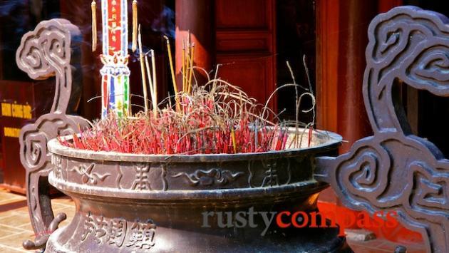Tran Quoc Pagoda, West Lake