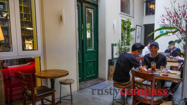 Tranquil Cafe, Hanoi