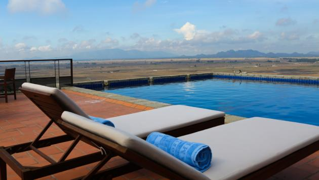 Pool, Victoria Nui Sam Lodge, Chau Doc