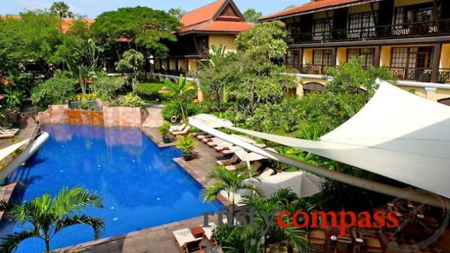 Victoria d'Angkor Resort is a very successful reproduction of the colonial era.