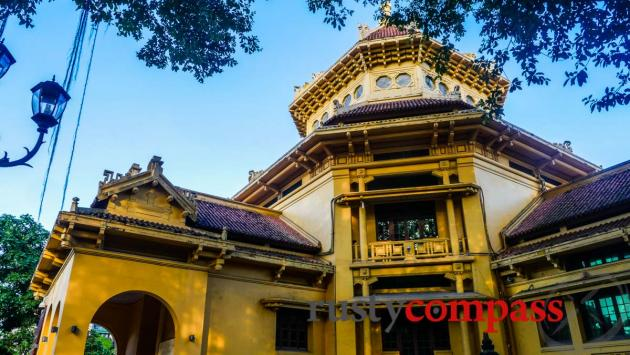 Museum of Vietnamese History, Hanoi - the Indochine architecture