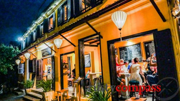 Dinner and wine in a heritage space - White Marble Hoi An