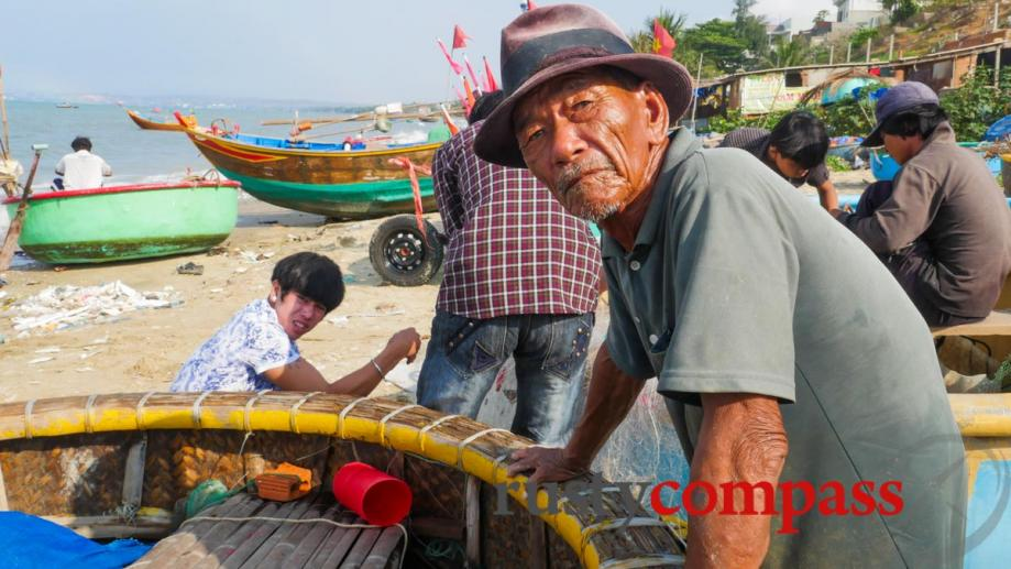 Old fisherman, Ham Tien Village, Mui Ne