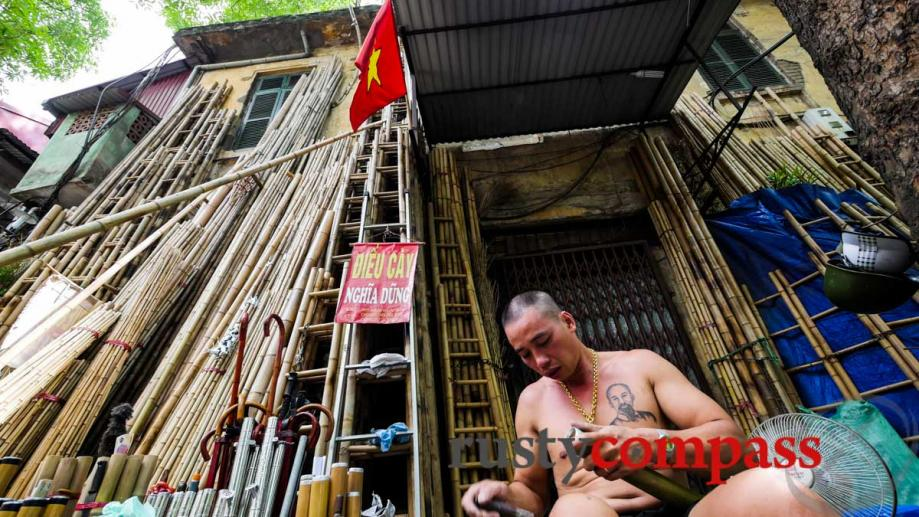Hanoi bamboo pipe (dieu cay) maker with Ho Chi Minh...