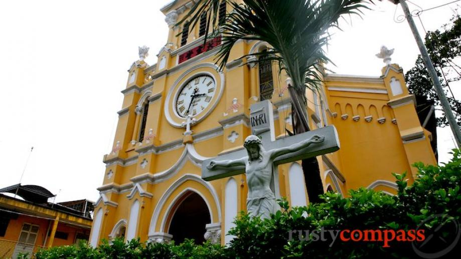 Cha Tam church is the place of worship for Cholon's...
