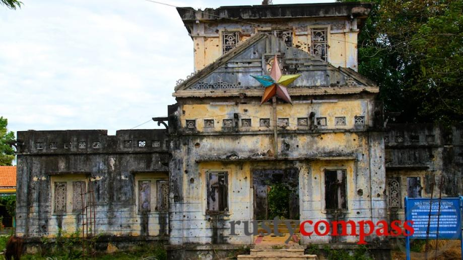 Long Hung Church Quang Tri - another church destroyed at...