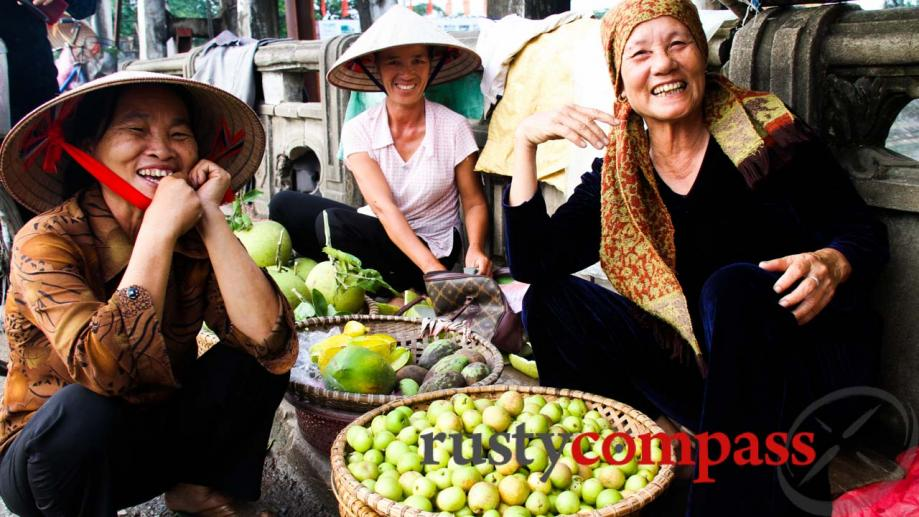 Friendly smiles from the ladies of Kim Son town, Ninh...