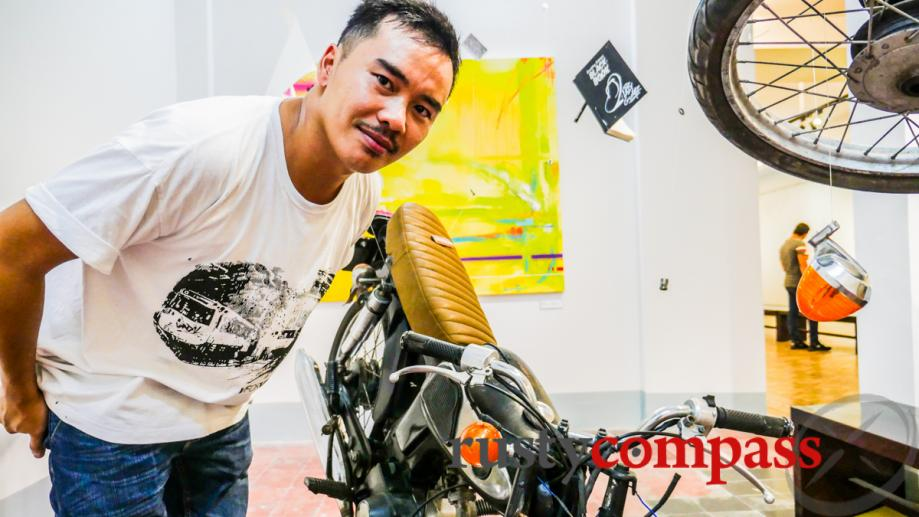 The motorcycle in art - Artist Trang Suby One with...
