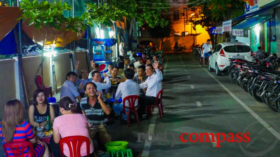 Some of Nha Trang's busiest eateries are these little streateries....