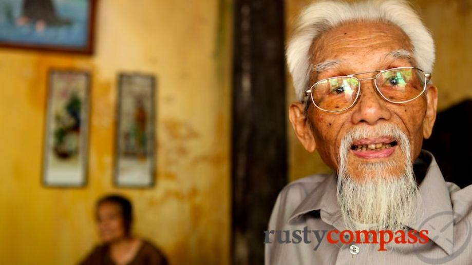 A ninety year old man at Ba Da Pagoda. The...