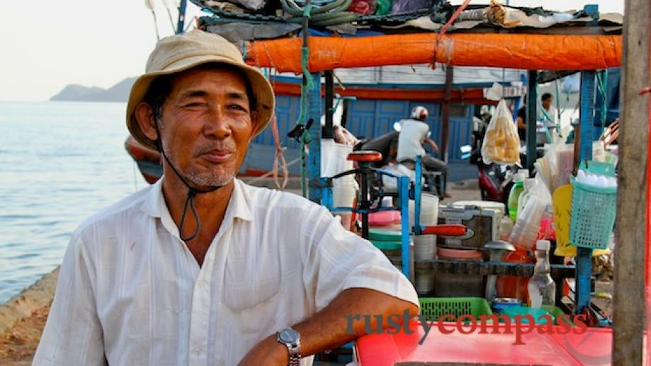 Back at An Thoi port - the soft drink seller